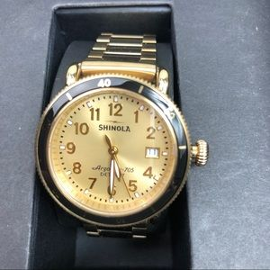 SHINOLA argonite 705 gold